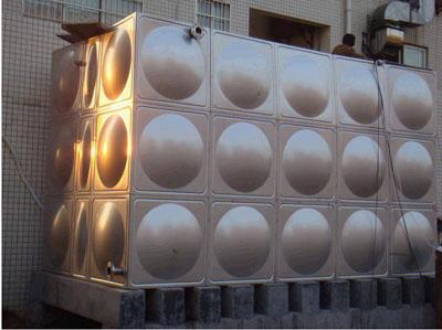 不锈钢雨水清水箱